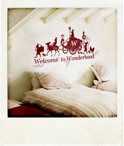 Wonderland-small-pola