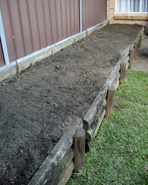 Side_garden_ready_to_plant_3